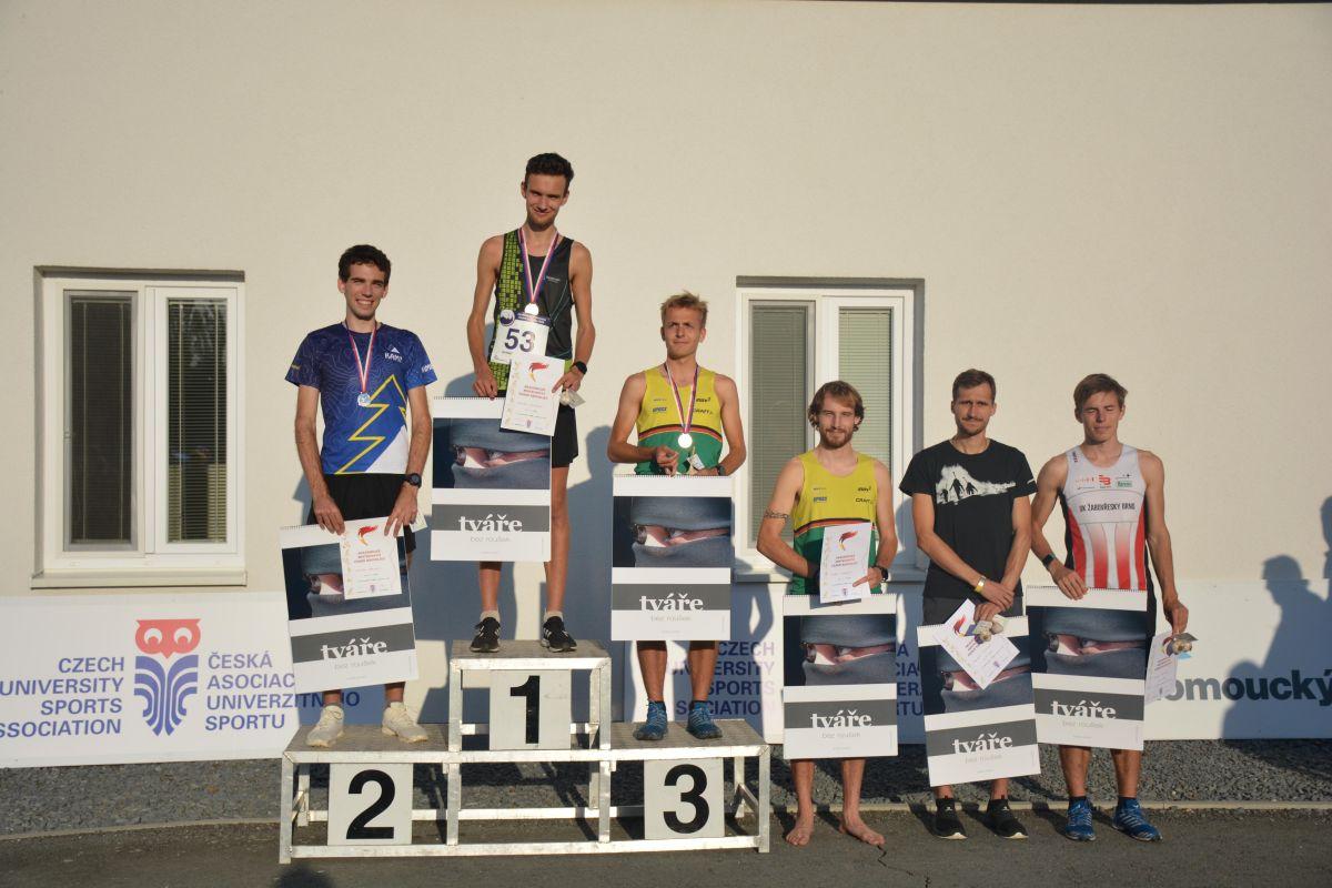 Nejlepší šestice závodníků ve sprintu na akademickém MČR 2020. Foto: Jan Honkyš